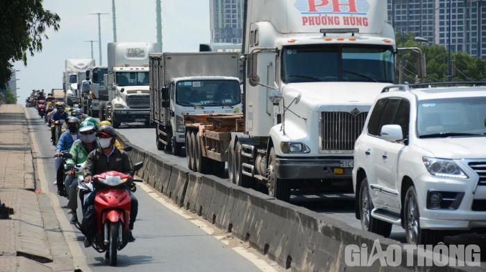 TP.HCM cần hơn 27.000 tỉ làm các tuyến đường vào cảng biển Ảnh 1