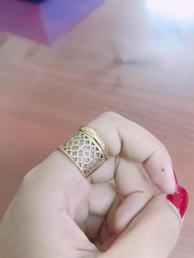 Cô dâu đăng đàn 'dằn mặt' bạn vì mừng quà cưới bằng nhẫn vàng, tại sao nên nỗi? Ảnh 2