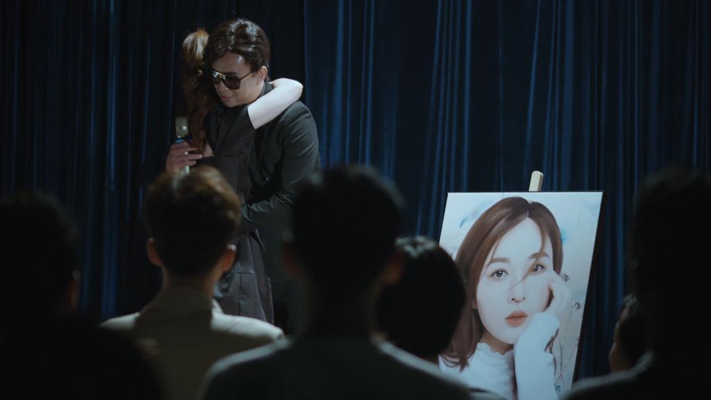 Trở lại với 'Người khóc cùng anh', Hồ Quang Hiếu khuấy động Top Trending YouTube Ảnh 5