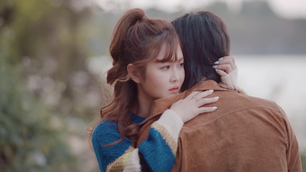 Trở lại với 'Người khóc cùng anh', Hồ Quang Hiếu khuấy động Top Trending YouTube Ảnh 2