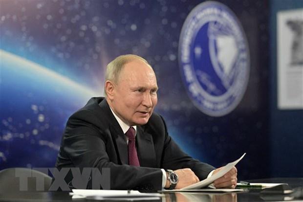 Tổng thống Nga Putin tiêm mũi hai vaccine ngừa COVID-19 Ảnh 1