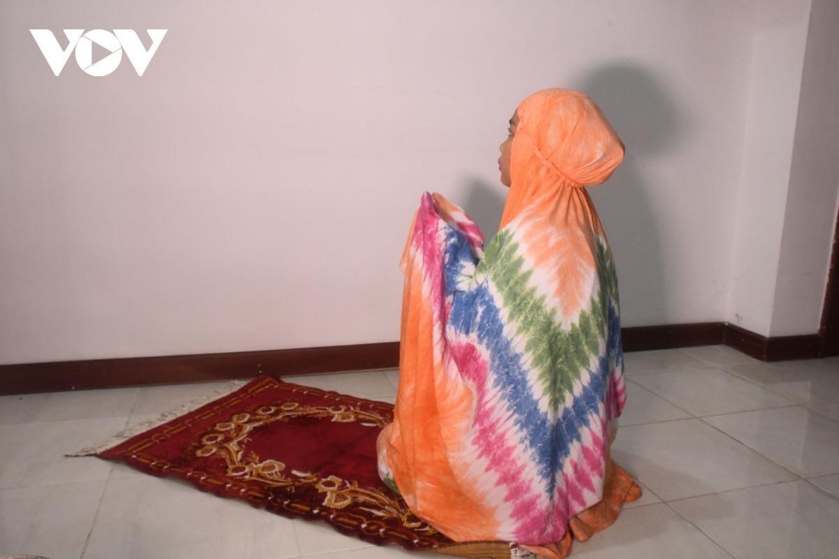 Indonesia duy trì tiêm vaccine ngừa Covid-19 cho tín đồ Hồi giáo trong tháng Ramadan Ảnh 1