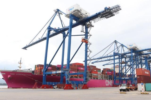 Chính thức cho phép Tân Cảng - Hải Phòng tiếp nhận siêu tàu container 132.900 DWT Ảnh 1