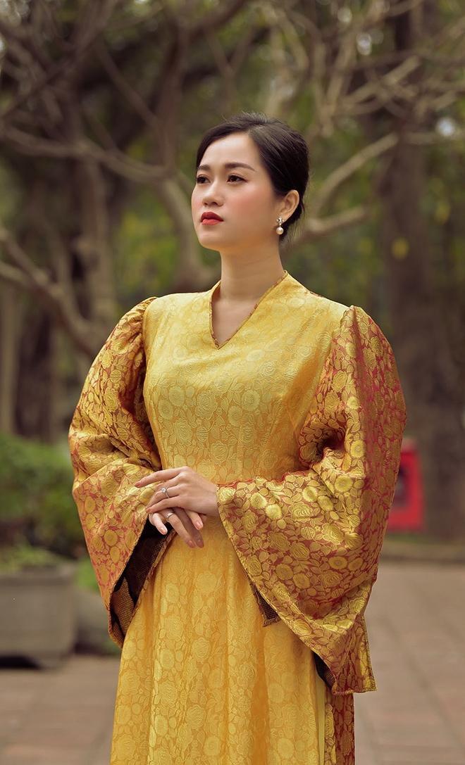 Lâm Vỹ Dạ bỗng nhiên dịu dàng nhờ áo dài của Đức Hùng Ảnh 3
