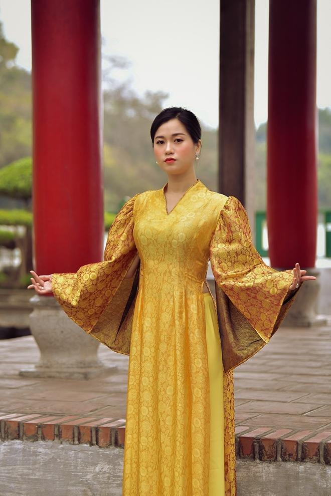 Lâm Vỹ Dạ bỗng nhiên dịu dàng nhờ áo dài của Đức Hùng Ảnh 9