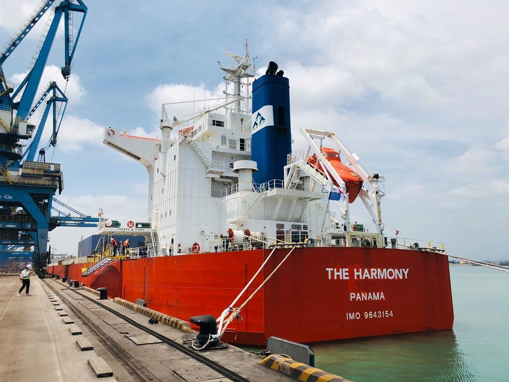 Tàu Harmony của Hòa Phát hoàn thành chở 80.000 tấn than về Dung Quất Ảnh 1