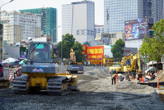 Ngày 20-4, TP HCM tạm dừng thi công các công trình Ảnh 1