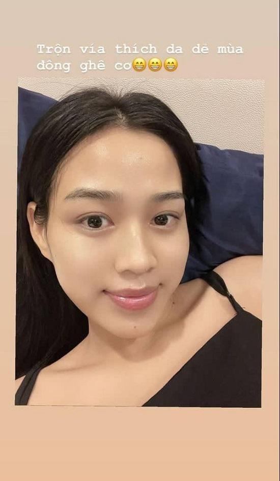 Hoa hậu Đỗ Thị Hà khoe ảnh mặt mộc 'đẹp không tì vết', nước da căng bóng khiến nhiều người ghen tị Ảnh 4