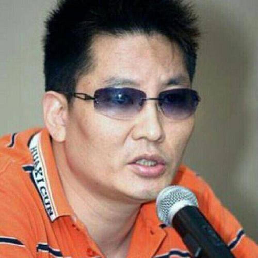 Đạo diễn nổi tiếng bất ngờ lên tiếng cảnh cáo Cung Tuấn: 'Đừng khiêu khích người tàn tật' Ảnh 1