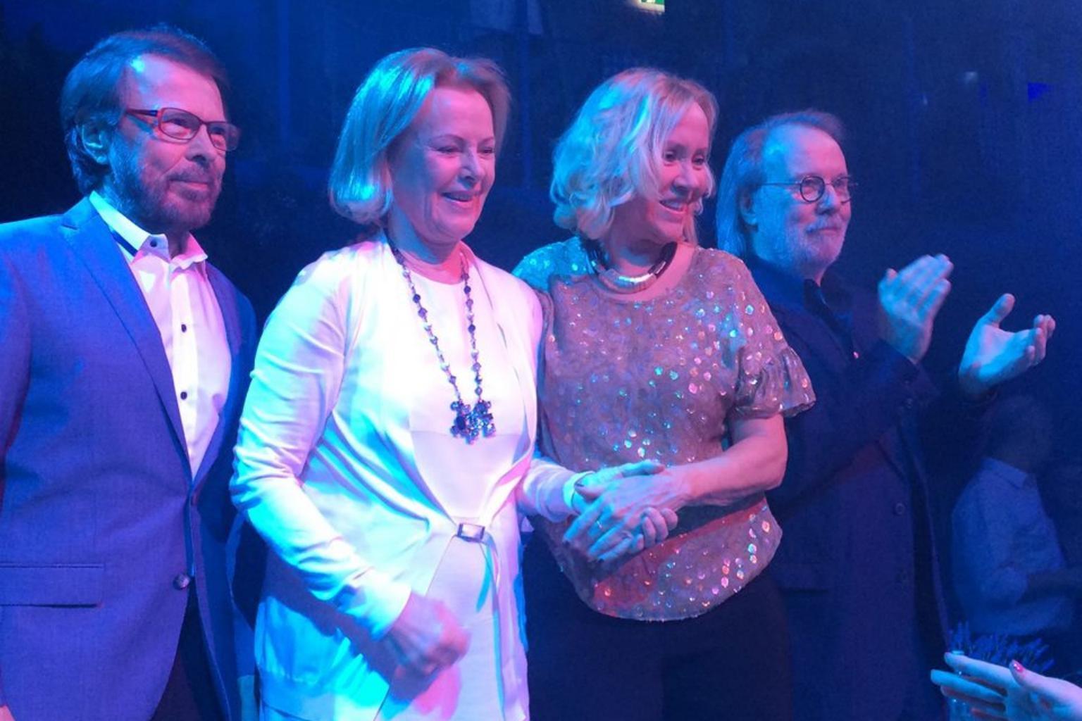 Thành viên nhóm ABBA tiết lộ về chuyến lưu diễn tái hợp Ảnh 1