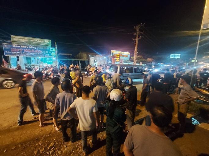 Ôtô tông chết 1 nữ sinh ở Cầu Xéo Long Thành rồi bỏ chạy Ảnh 1