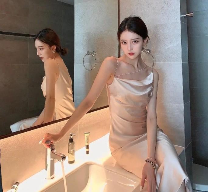 Hotgirl Trung Quốc bị tố lừa tình và tiền của nhiều đại gia Ảnh 2
