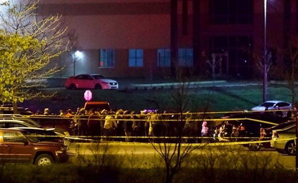 Vụ xả súng giết 8 người ở Mỹ: Nghi phạm là nhân viên cũ Ảnh 2