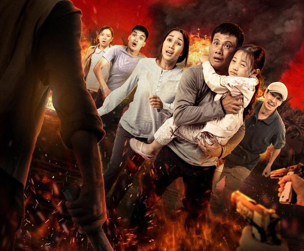 Hàng trăm khán giả vây kín Lý Hải tại rạp chiếu 'Lật mặt: 48H': Người Việt ủng hộ phim Việt! Ảnh 1