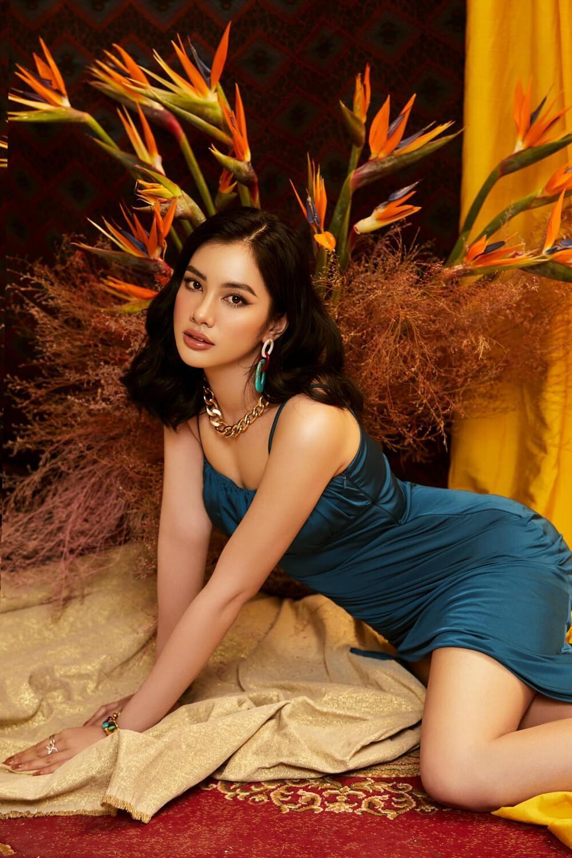 Úp mở thi Miss Universe Vietnam, tình trẻ của chồng cũ Lệ Quyên tung bộ ảnh khoe body gợi cảm Ảnh 6