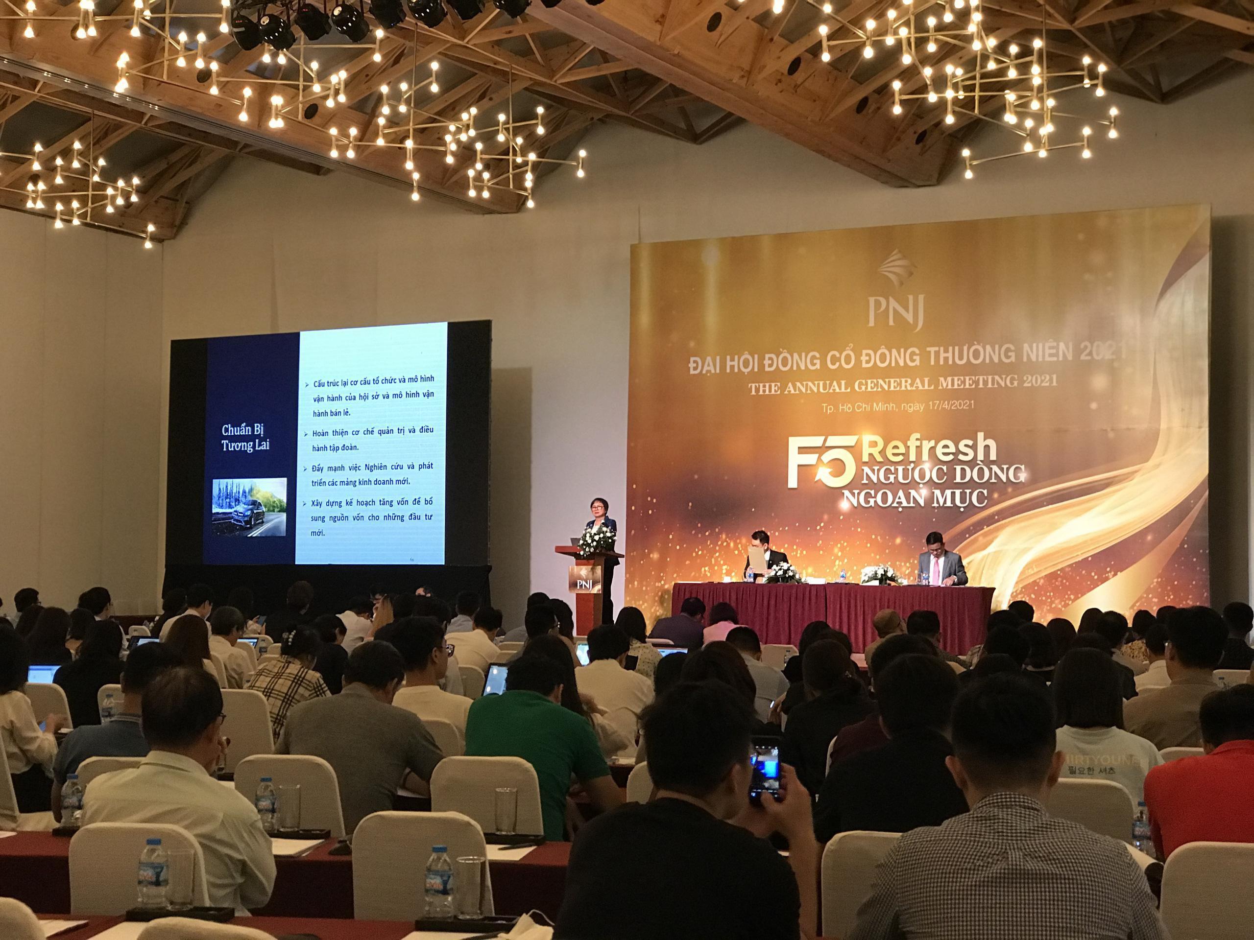 PNJ đẩy mạnh bán lẻ trang sức, lợi nhuận dự kiến 1.532 tỷ đồng năm 2021 Ảnh 2