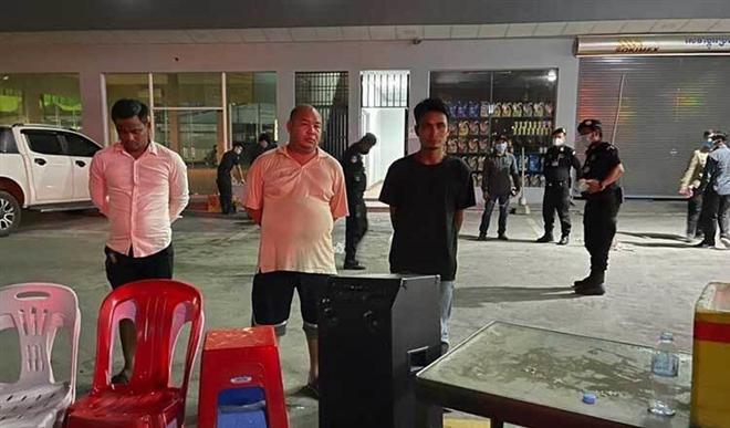 Tướng cảnh sát Campuchia bị bắt, tước quân hàm vì mở tiệc giữa lệnh phong tỏa Ảnh 1