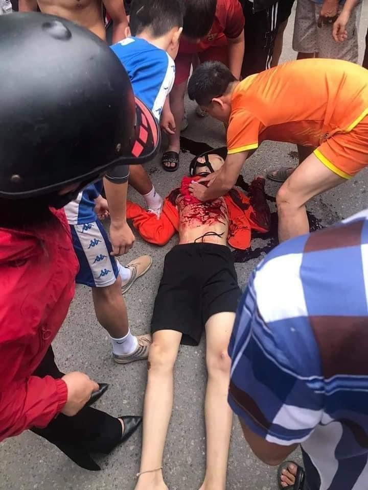 Nam Định: Nam học sinh lớp 9 bị đâm tử vong khi đi đá bóng Ảnh 1