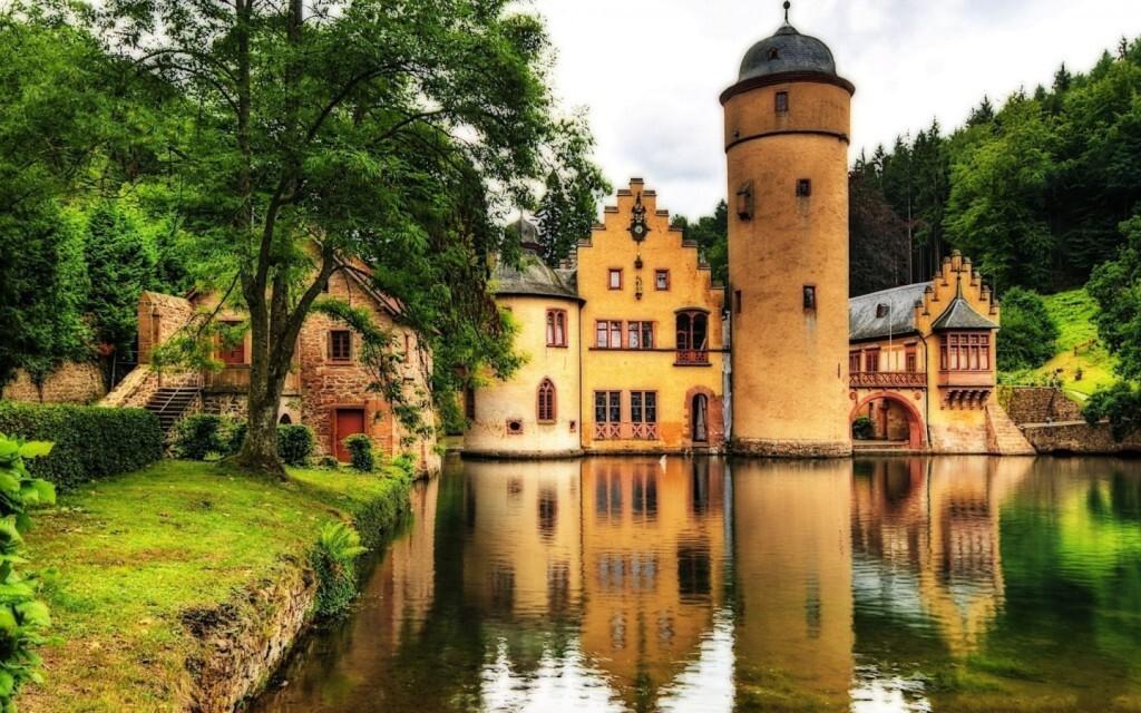 Điều đáng biết về nước giàu nhất châu Âu Ảnh 2