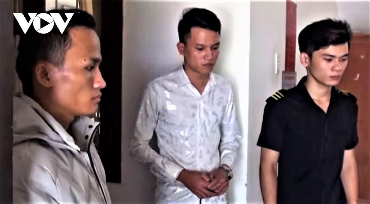 Tình tiết mới vụ 8 thiếu nữ trong 'động quỷ' bị lột đồ, chích điện ép bán dâm Ảnh 1