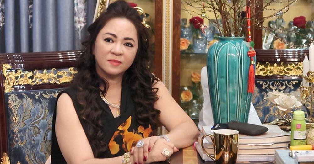 Động thái đầu tiên của nghệ sĩ Hoài Linh giữa lùm xùm bị bà Phương Hằng tố 'vô tâm, vô cảm với cộng đồng' Ảnh 1