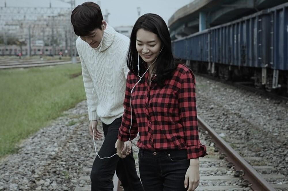 Độc quyền: Lộ loạt ảnh hẹn hò, diện đồ đôi của Shin Min Ah - Kim Woo Bin trước 'hôn lễ thế kỷ' Ảnh 15