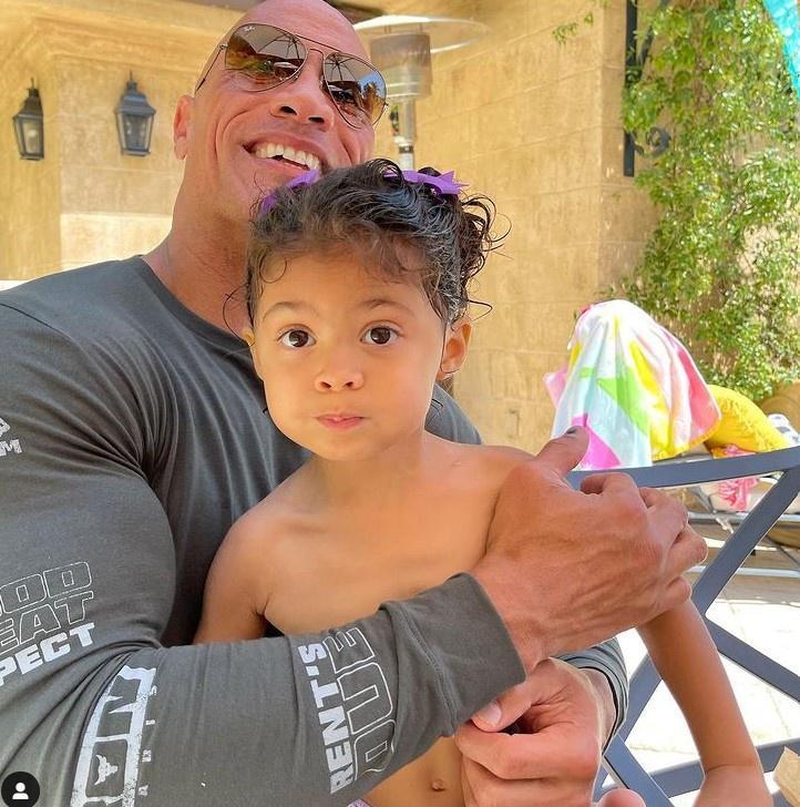 Con gái The Rock là fan của 'Aquaman' Jason Momoa Ảnh 1