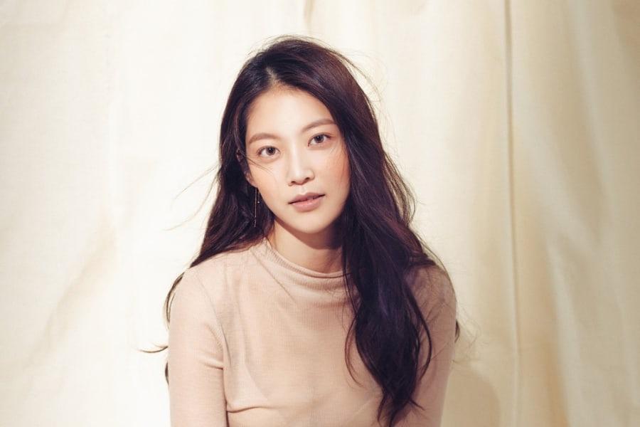 Hoa hậu đẹp nhất xứ Hàn Honey Lee từng được đào tạo để trở thành idol Ảnh 8