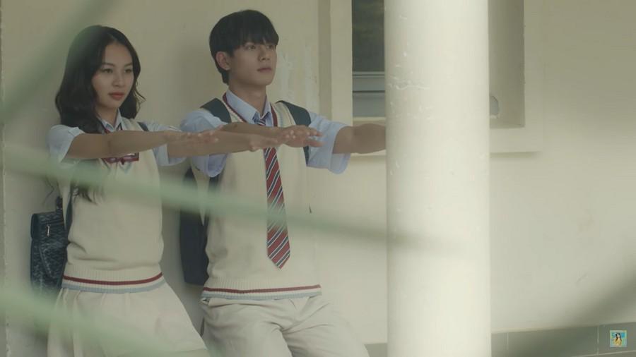 Phí Phương Anh lại gây tranh cãi khi 'bê' nguyên hình ảnh của Trịnh Sảng vào MV mới Ảnh 2