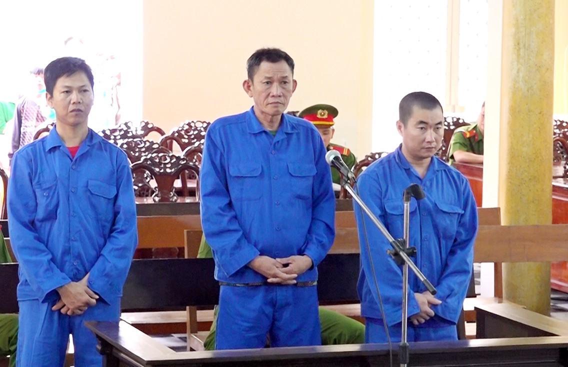 Hơn 8 năm tù cho 3 đối tượng đưa người xuất cảnh trái phép Ảnh 1