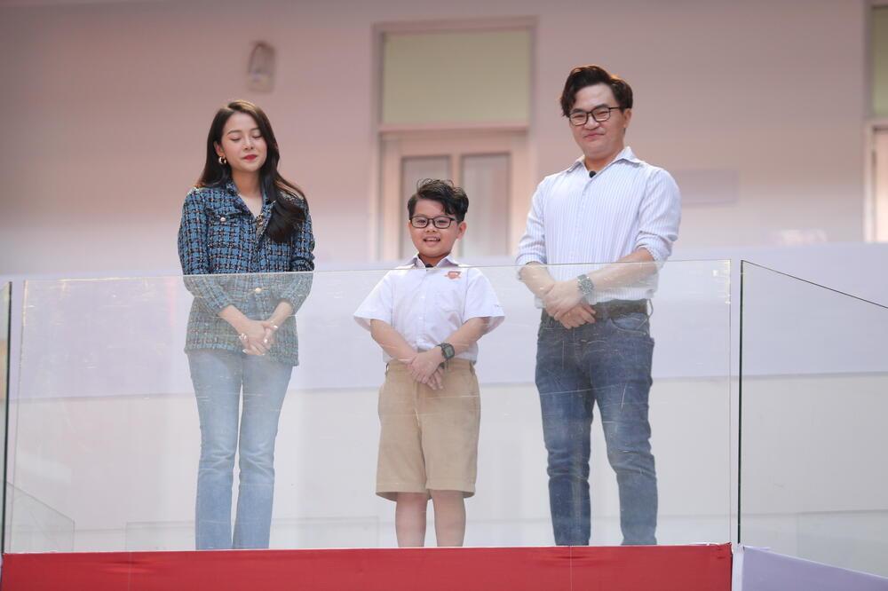 Cậu bé tiểu học đong đầy niềm tự hào về 'người ba siêu nhân' trên bục dũng khí của Thiếu Niên Nói 2021 Ảnh 3