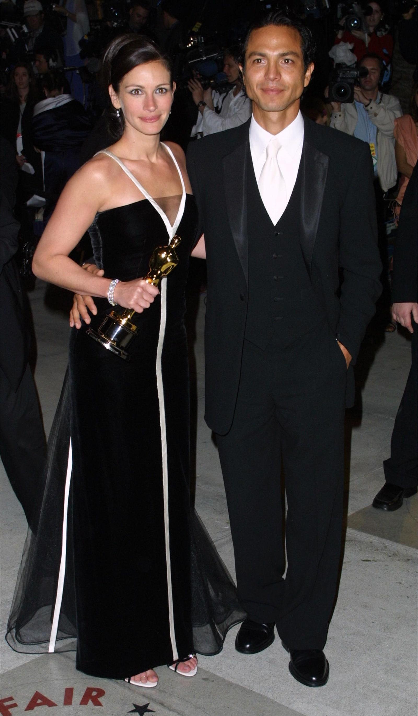 Những cặp tình nhân mặc đẹp trên thảm đỏ Oscar Ảnh 7