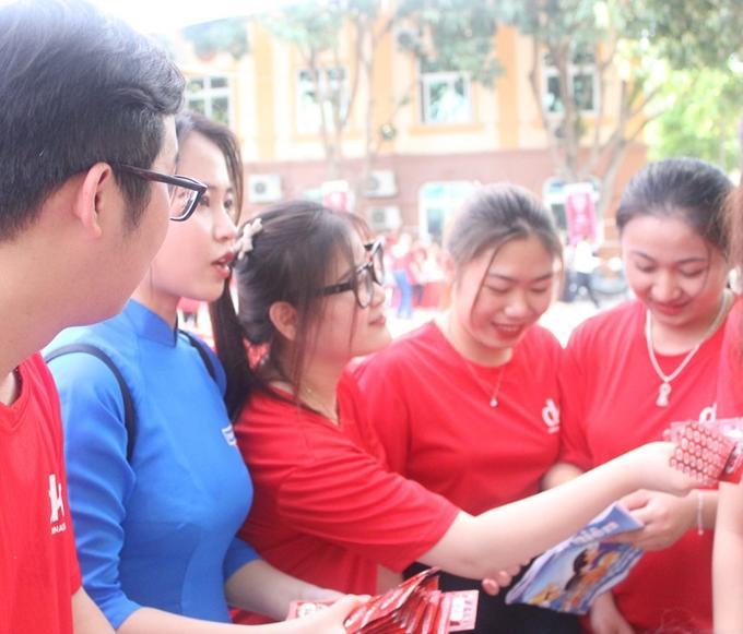 Truyền thông sức khỏe sinh sản cho sinh viên Nghệ An Ảnh 2