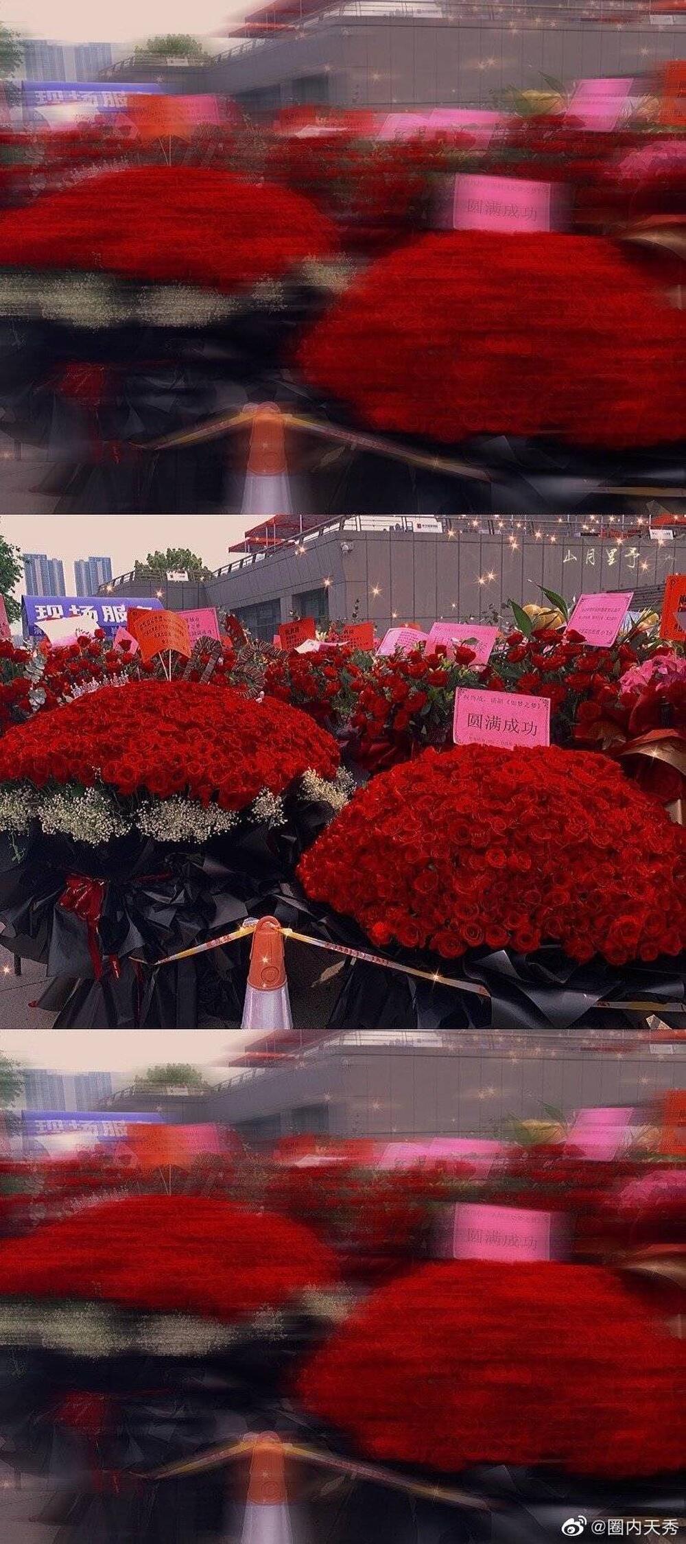 Một 'rừng hoa' của fan gửi trước nhà hát để chúc mừng Tiêu Chiến với vai diễn thành công rực rỡ Ảnh 11