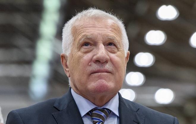 Cựu Tổng thống Czech nói việc chống Nga là để 'ghi điểm' với NATO Ảnh 1
