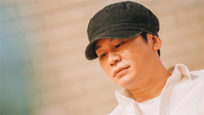 Sở thích ngược đời của 'nhà YG', đã hâm mộ ai là toàn trúng idol bên đối thủ Ảnh 1