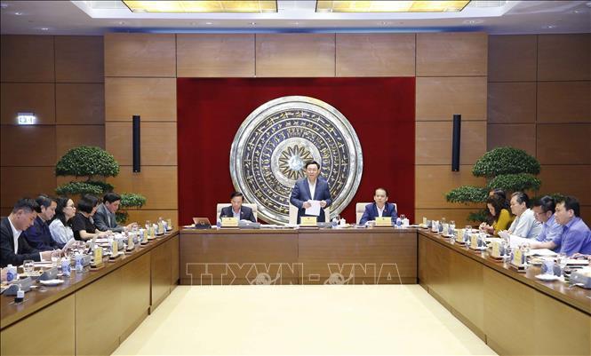 Chủ tịch Quốc hội Vương Đình Huệ làm việc với Thường trực Ủy ban Pháp luật Ảnh 2