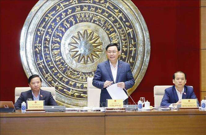 Chủ tịch Quốc hội Vương Đình Huệ làm việc với Thường trực Ủy ban Pháp luật Ảnh 1
