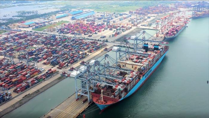 Cảng biển Việt Nam lo tắc nghẽn sau sự cố kênh đào Suez Ảnh 1