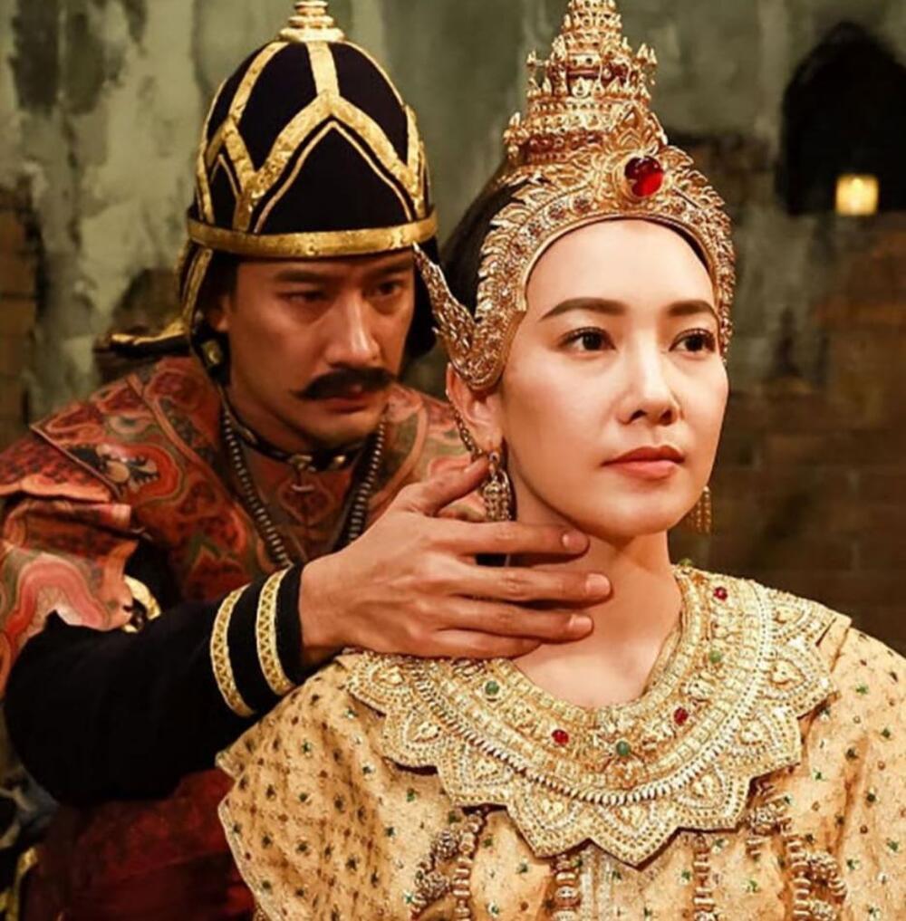 Pong Nawat bị trêu chọc là 'nam thần bất hạnh' vì nữ chính đóng cặp với anh không chết thì cũng xuất gia Ảnh 6