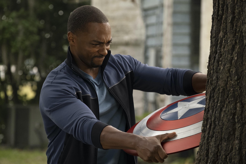 Những bài toán dành cho 'Captain America 4' Ảnh 2