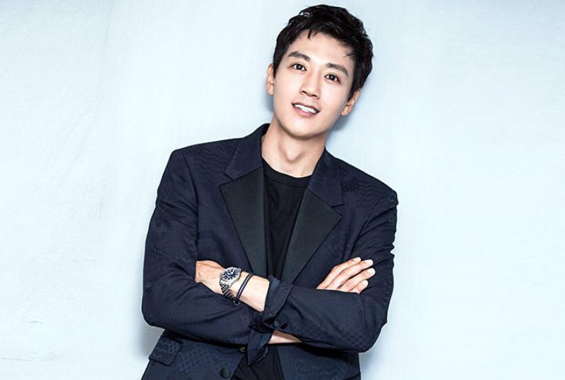 'Decibel' công bố dàn diễn viên 'khủng': Kim Rae Won, Lee Jong Suk, Cha Eun Woo (ASTRO) Ảnh 1