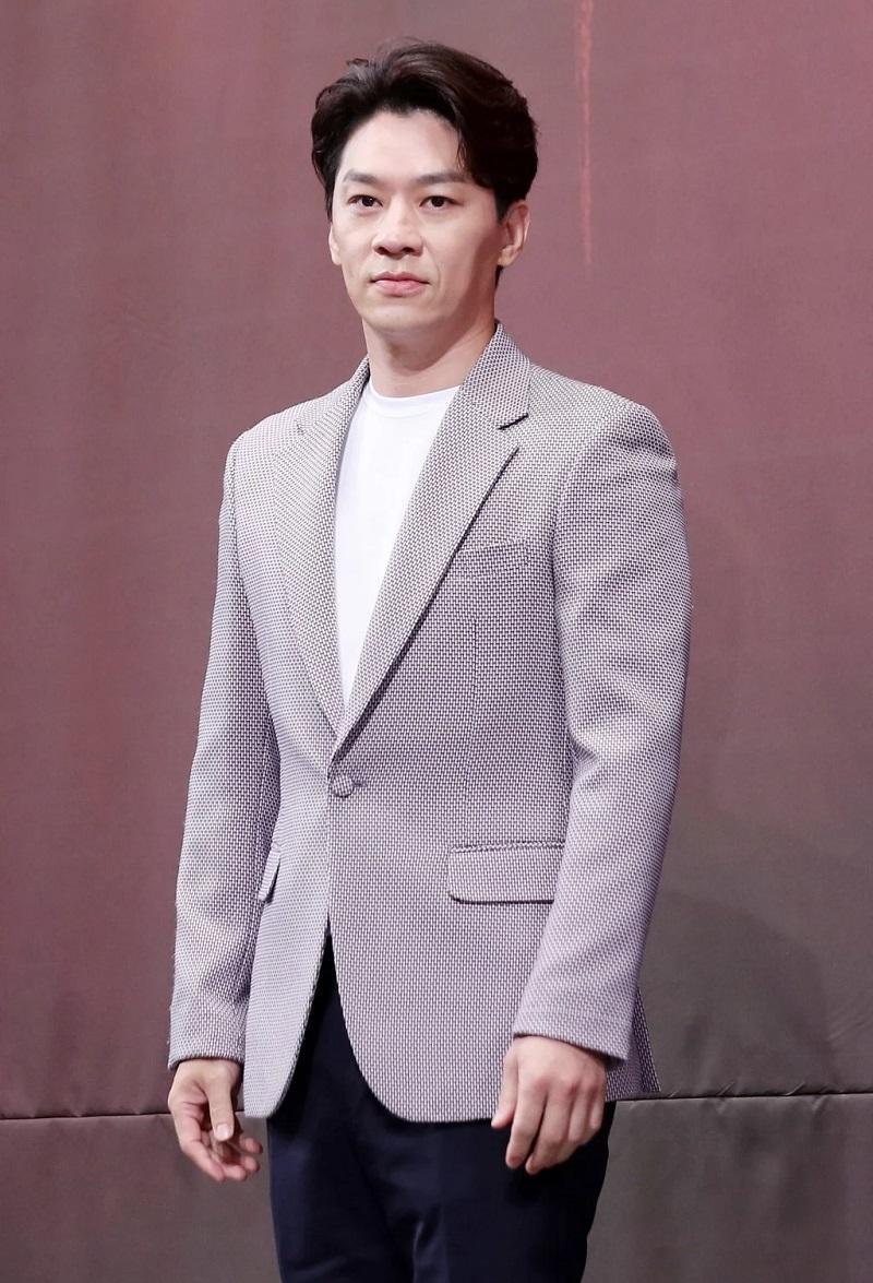 'Decibel' công bố dàn diễn viên 'khủng': Kim Rae Won, Lee Jong Suk, Cha Eun Woo (ASTRO) Ảnh 4