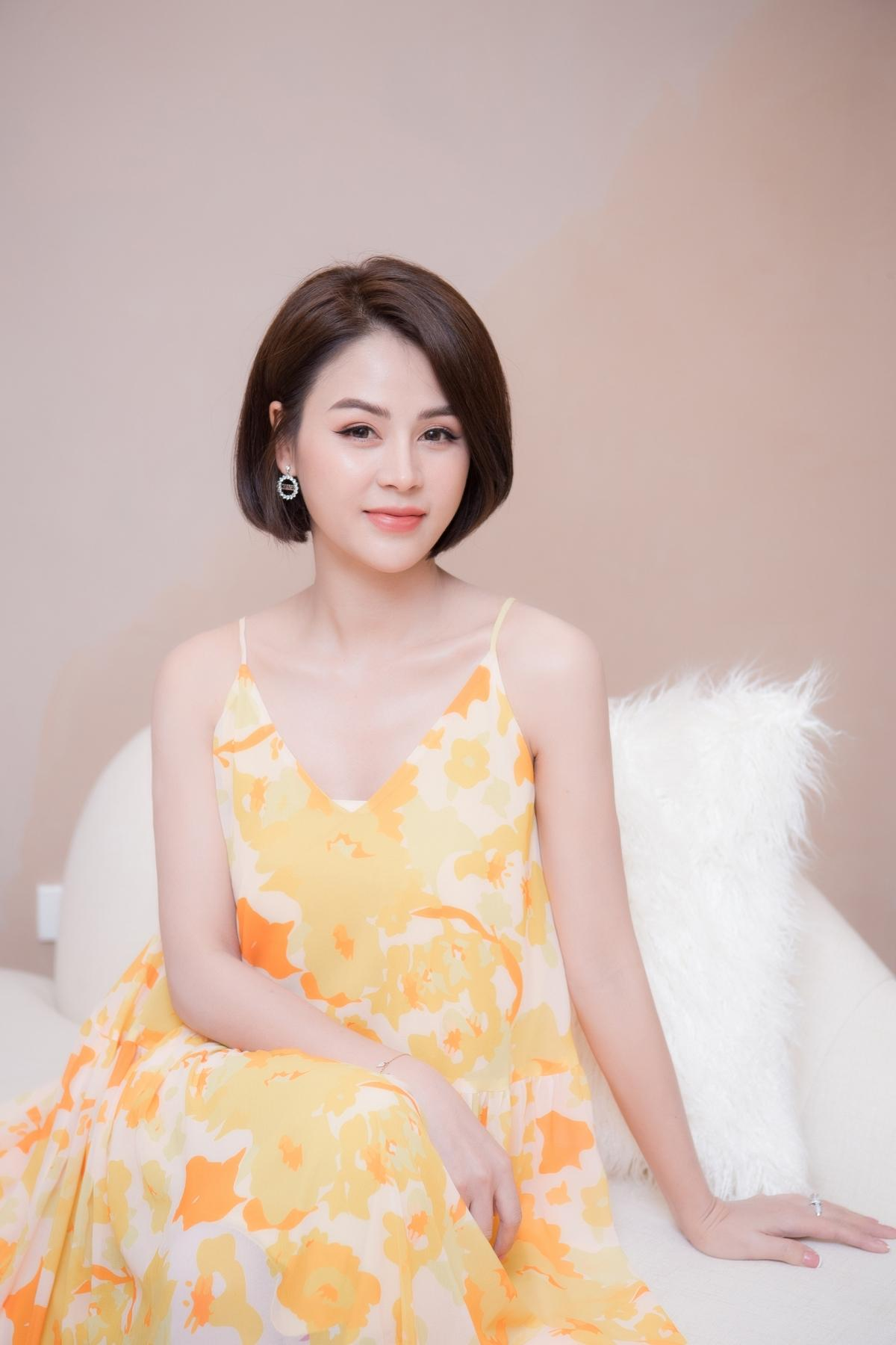Lương Thu Trang, Dương Thùy Linh nổi bật trong pijama của NTK Thu Yến Ảnh 2