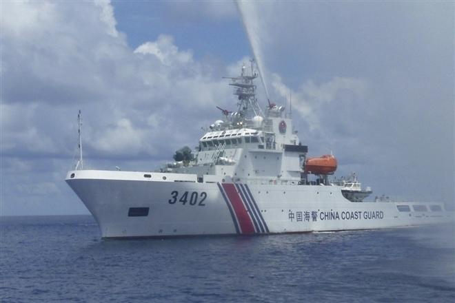 Trung Quốc tiếp tục ngang ngược cấm đánh bắt cá trên Biển Đông Ảnh 1