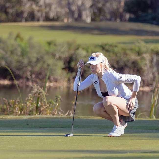 Trang phục thi đấu hot không đối thủ của golfer 9X Ảnh 13