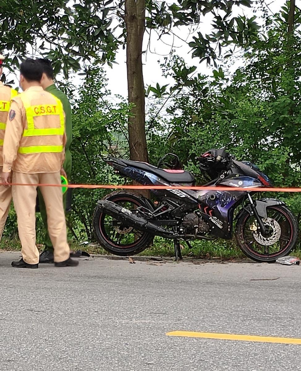 Nam Định: Bàng hoàng phát hiện thi thể dưới mương nước Ảnh 2