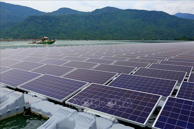 Việt Nam đang trải qua giai đoạn 'bùng nổ năng lượng Mặt Trời' Ảnh 1