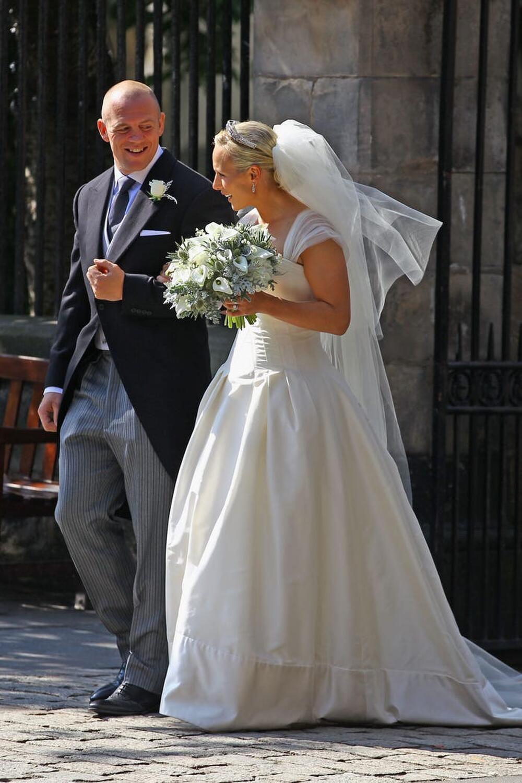Bí ẩn tủ đồ Hoàng gia: Bóc giá 9 chiếc váy cưới Hoàng gia đắt đỏ nhất Ảnh 2