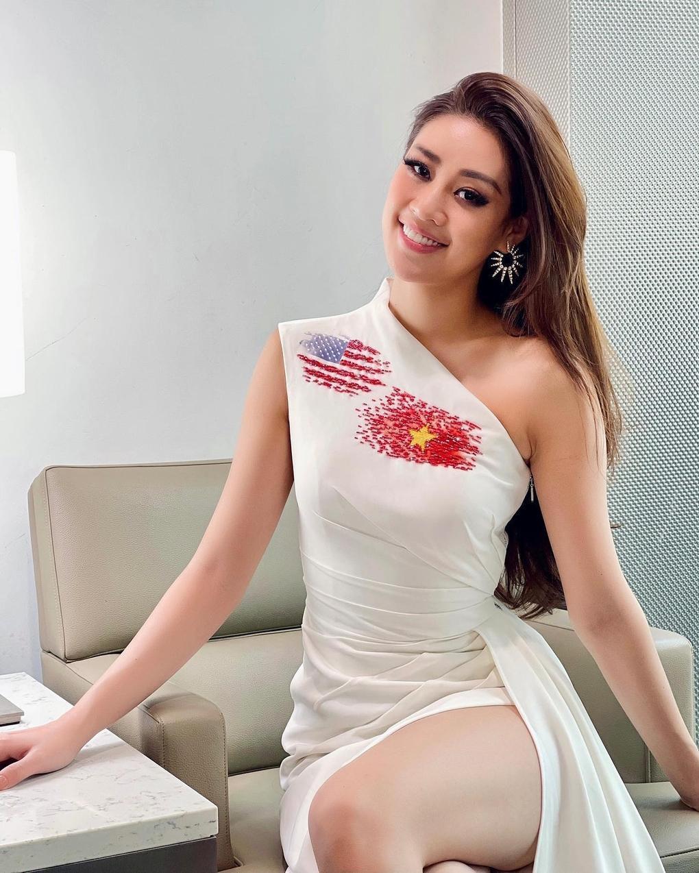 Thật khó tin Hoa hậu Khánh Vân tự trang điểm làm tóc mà lại xinh đẹp xuất sắc như thế này Ảnh 6